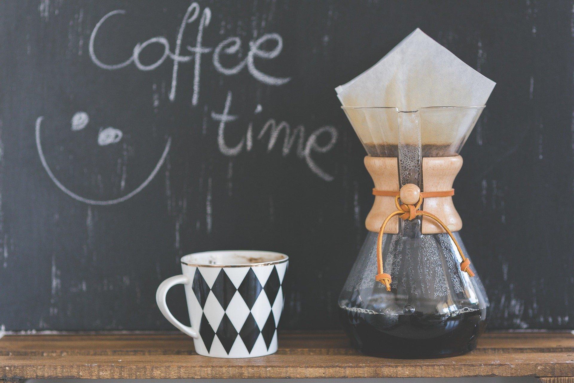 chemex, filtrovaná káva, alternativní příprava kávy