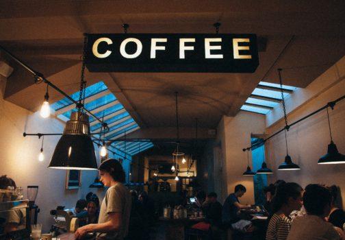 Únorové novinky ve světě kaváren