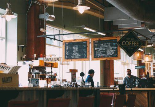 Kávová okénka: Kam zajít na kávu v Praze?